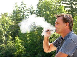 Le clearomiseur de la cigarette électronique pour la vape